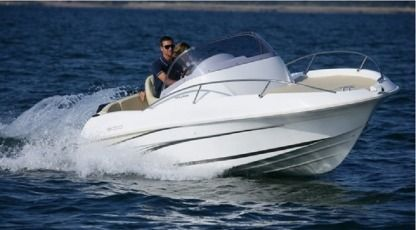 Rental Motorboat Beneteau Flyer 550 Sitges