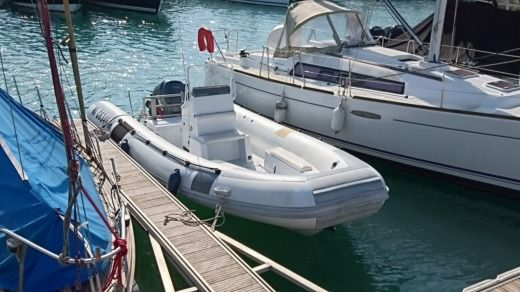 Novurania 660 Dl in Rivedoux-Plage for hire