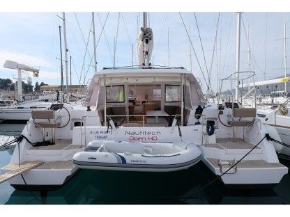 Rental Catamaran Nautitech Open 40 Trogir