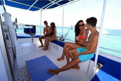 Rental Catamaran Fountaine Pajot 37 Cancún