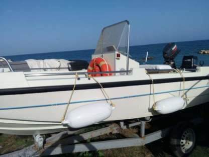 Charter Motorboat Prisma 40 Noto