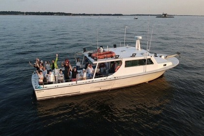 Charter Motorboat Harrison 46ft New York