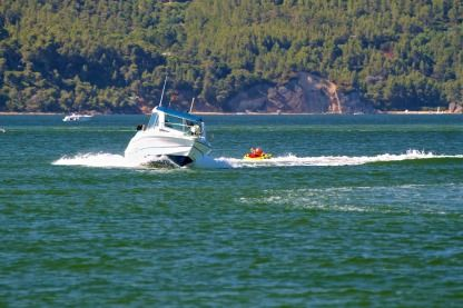 Charter Motorboat San Remo 5.65 Fisher Setúbal Municipality