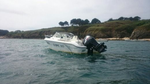 Ocqueteau Olympic 565 in Quiberon for hire