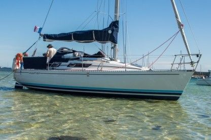 Location Voilier Beneteau First 29 Arzal