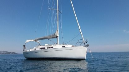 Rental Sailboat Hanse 315 Le Lavandou