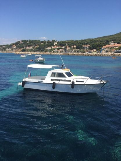 Charter Motorboat Guy Couach 730 Saint-Cyr-sur-Mer