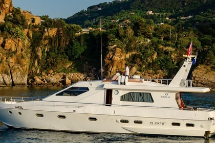 Charter Motorboat Maiora 60 Cefalù