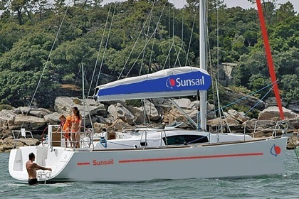 Rental Sailboat Sunsail 41.3 Saint-Georges