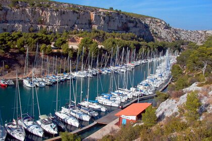 Rental Sailboat Jeanneau Selection 37 Cassis