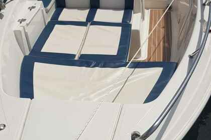 Charter Motorboat QUICKSILVER 500 COMMANDER Guidel