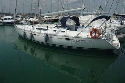 Hire Sailboat JEANNEAU SUN ODYSSEY 45.2 Pescara