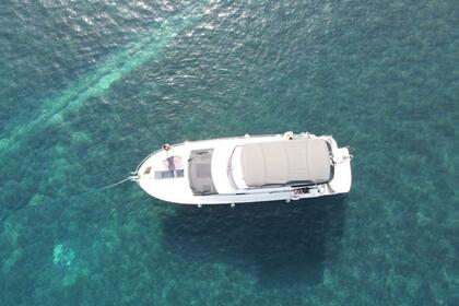 Charter Motorboat Beneteau Monte Carlo 4 Cala d'Or