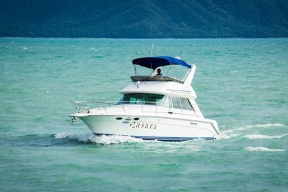 Hire Motorboat SEA RAY 370 Pattaya