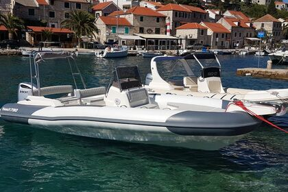 Rental RIB MARLIN 790 Dynamic Trogir