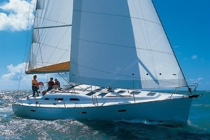 Hire Sailboat BENETEAU CYCLADES 393 Badalona