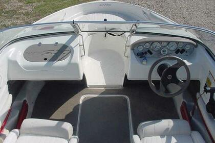 Hire Motorboat Glastron X195 Kelowna