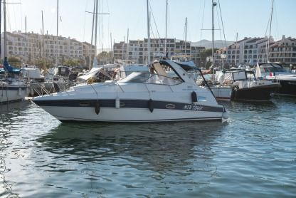 Rental Motorboat Bavaria 300 Sport Cogolin