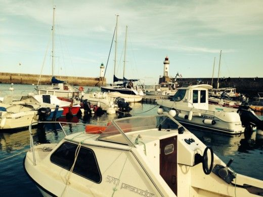 TES TES28 Magnam in La Rochelle for hire