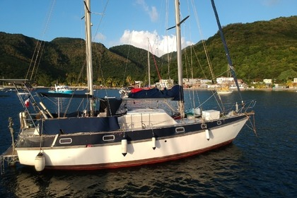 Charter Sailboat Colvic Craft Plc Victor 40 Les Anses-d'Arlet