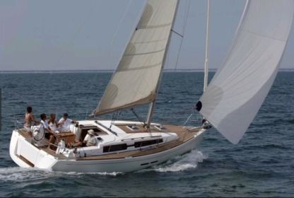 Charter Sailboat Dufour 382 Grand Large Nassau