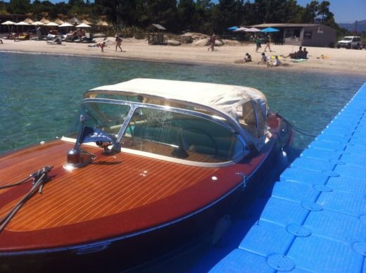 Riva Ariston in Porto-Vecchio for hire