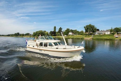 Rental Motorboat LINSSEN GRAND STURDY 35.0 AC Capestang