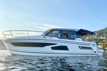 Charter Motorboat Jeanneau Merry Fisher 1095 St-Laurent-du-Var