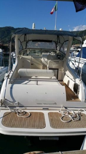 Motorboat Manò Marine 24,50 for rental