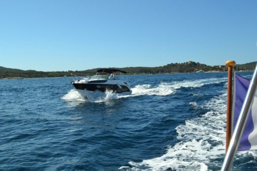 BAYLINER 245 SB NEW in Valence for hire