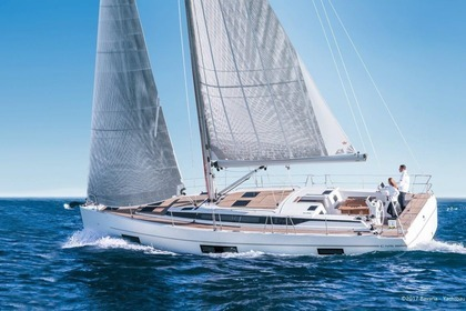 Rental Sailboat BAVARIA 45 Holiday Phuket