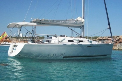 Rental Sailboat BENETEAU FIRST 36.7 Porto Venere