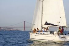 Rental sailboat in Lisbon