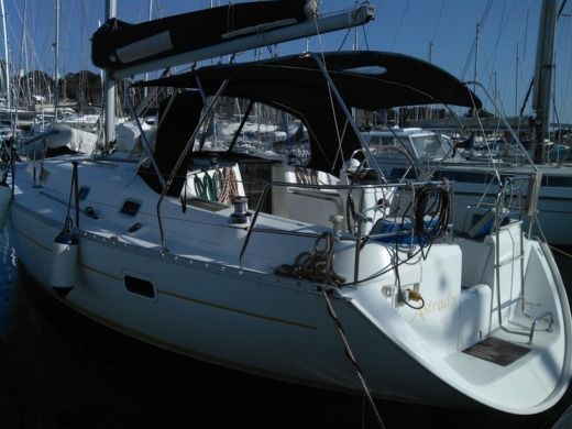 Beneteau Oceanis 361 CLIPPER in Saint-Mandrier-sur-Mer peer-to-peer