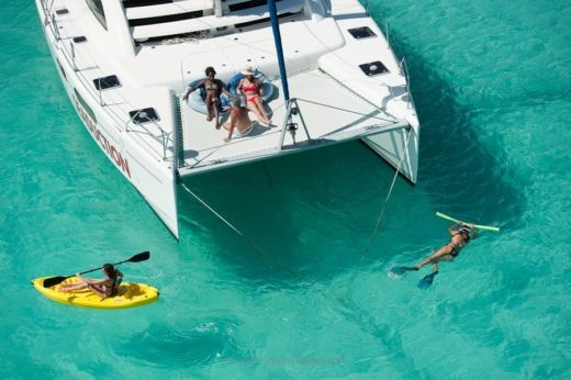 Catamaran Robertson And Caine Leopard 47 for hire