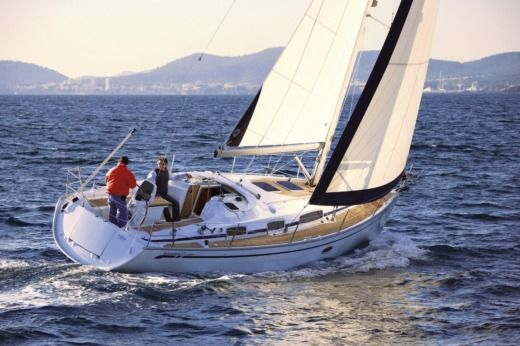 Sailboat Bavaria 35 C peer-to-peer