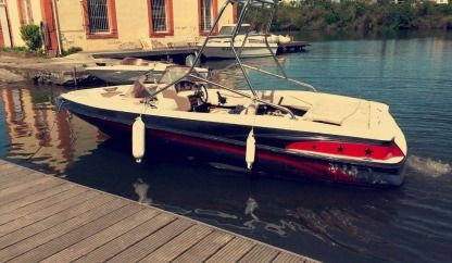 Charter Motorboat Regal 1800 Lsr Martigues