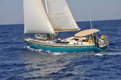 Charter Sailboat Dynamique 62 Owner Mykonos