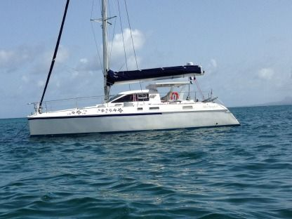 Rental Catamaran Catana 42 S Pointe-a-Pitre