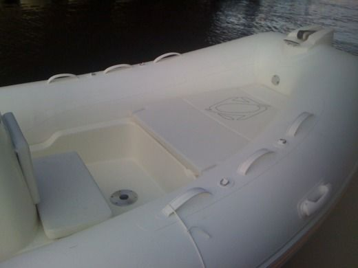 RIB ZODIAC MEDLINE 580 peer-to-peer