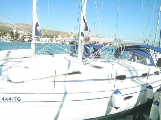 Bavaria 37 Cruiser in Trogir peer-to-peer