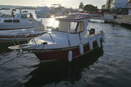 Hire Motorboat Reful 580 Biograd na Moru