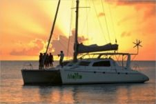 Catamaran Leopard 47 for hire