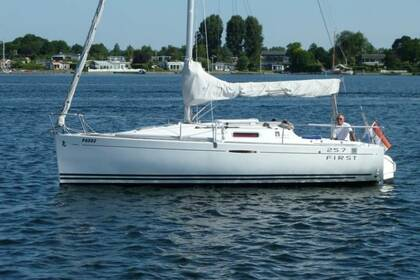 Location Voilier Beneteau FIRST 25.7 QR (1 CAB) Arzon
