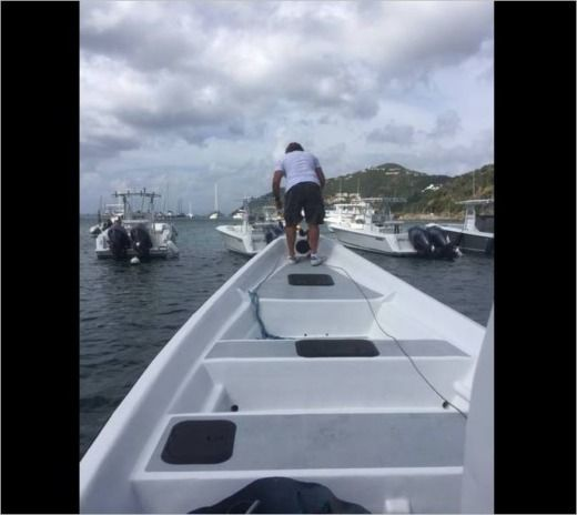 Charter motorboat in Marigot