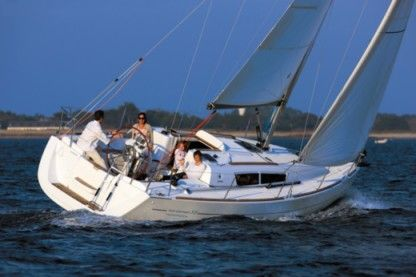Rental Sailboat Jeanneau Sun Odyssey 33I Portisco