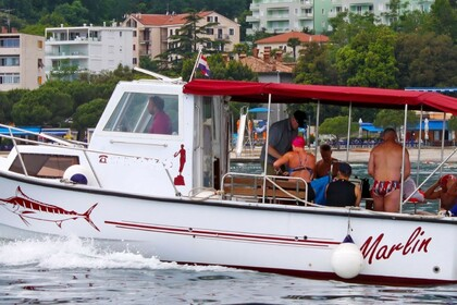 Hire Motorboat Astirellos Lepanto Noray 30 Opatija