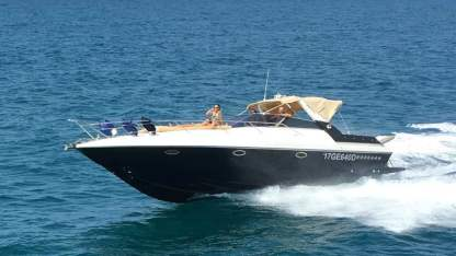 Charter Motorboat Sunseeker Martinique 36 Bocca di Magra