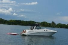Charter motorboat in North Miami