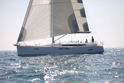Hire Sailboat JEANNEAU 449 Valencia